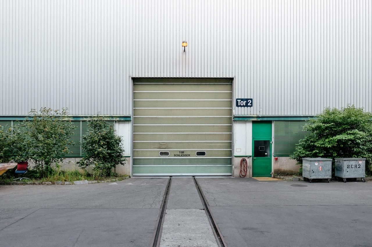 倉庫内作業を見える化するWMSとは