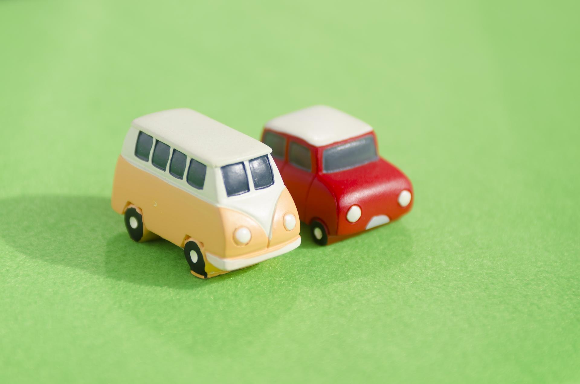 車の2台持ちについて――維持費やメリット、保険などポイントまとめ