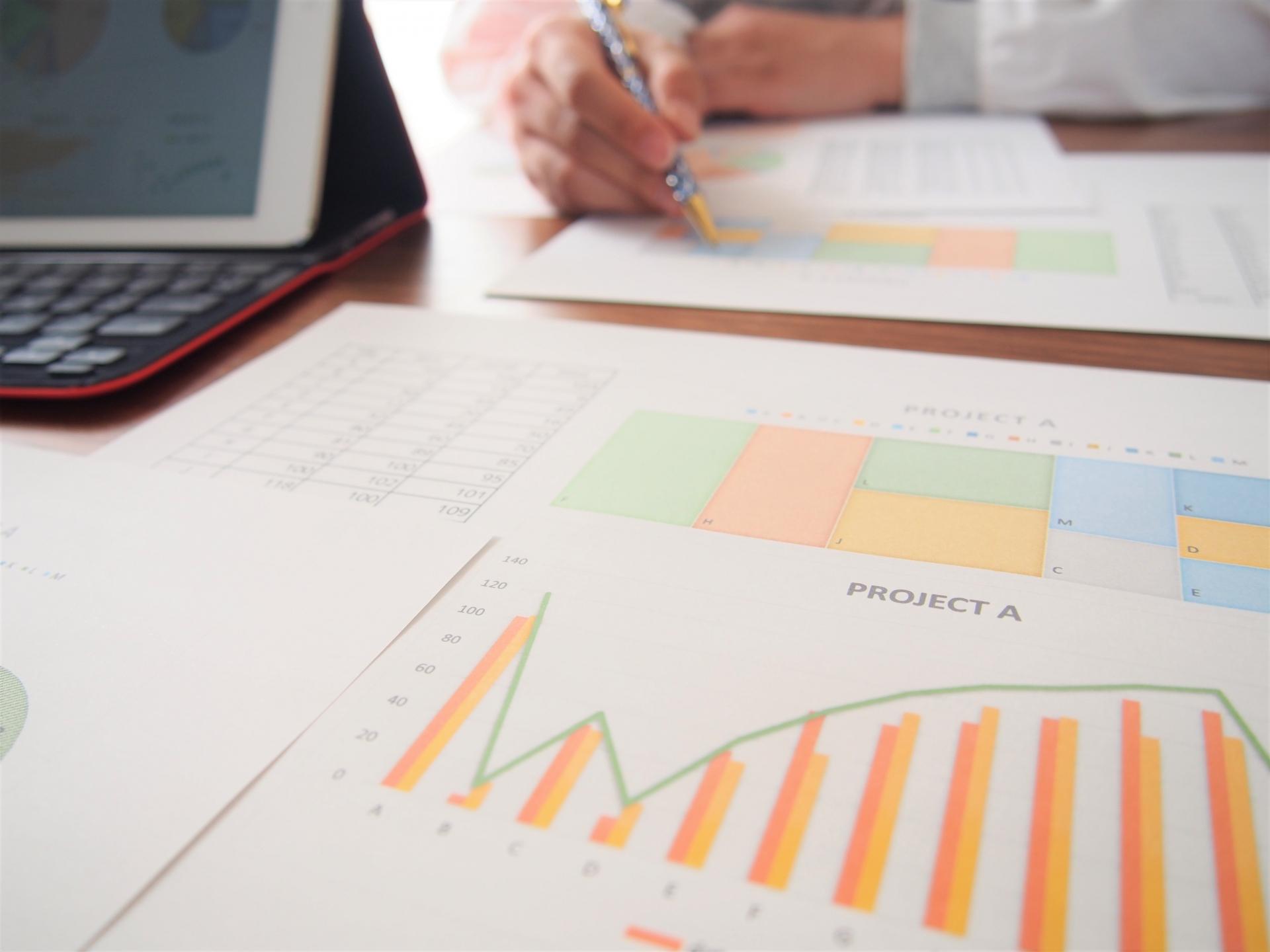社用車のリースと購入、「会計」や「経費」の観点ではどう違う?