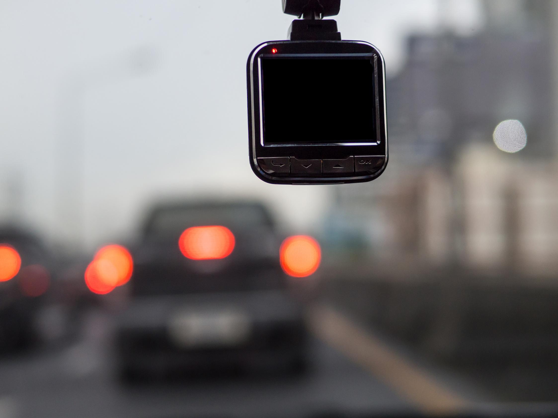 法人向け通信型ドライブレコーダーのメリットとオススメ機種5選