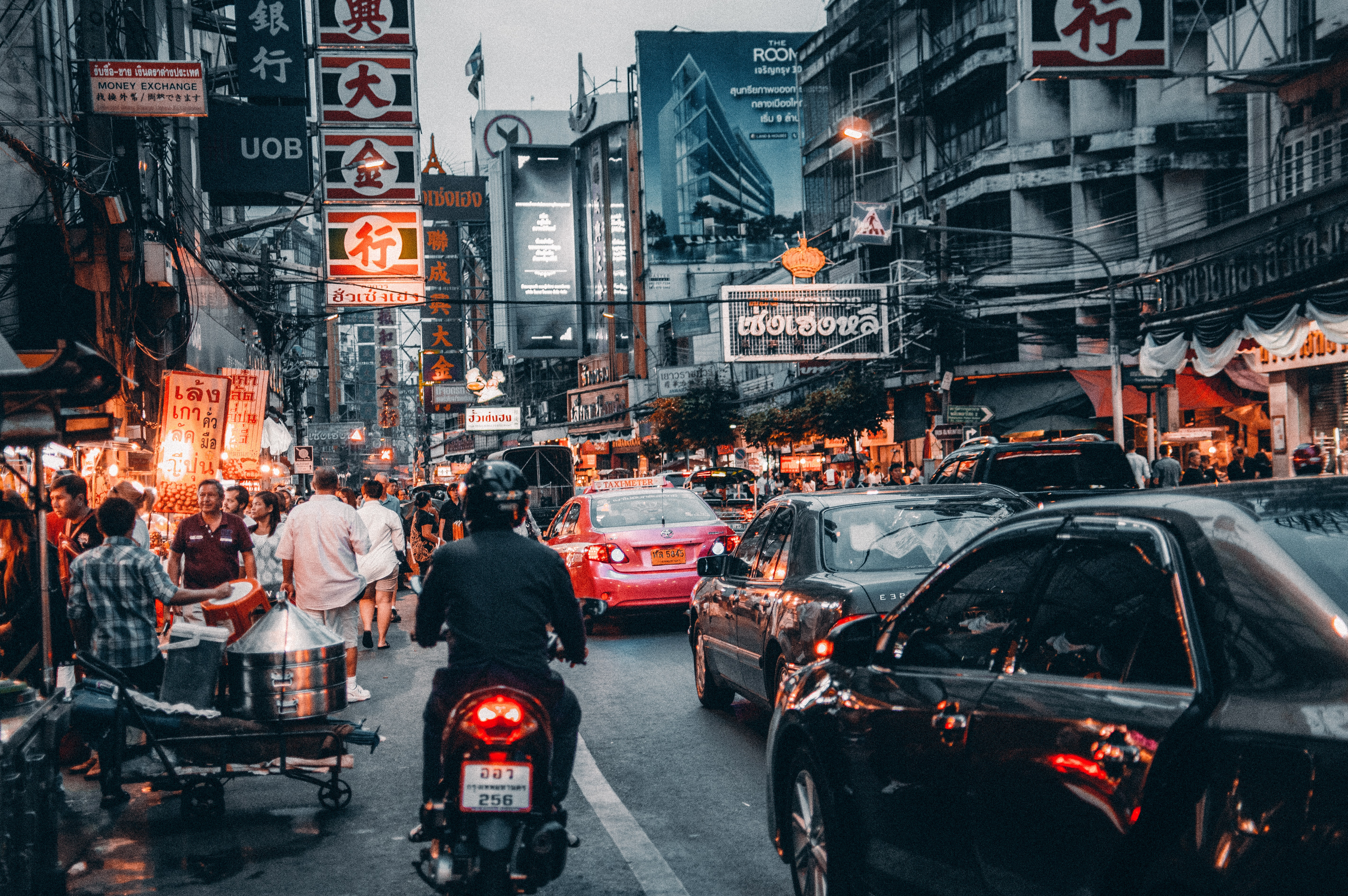 ASEAN地域へのEコマース展開、最重要課題は「物流」にあり…