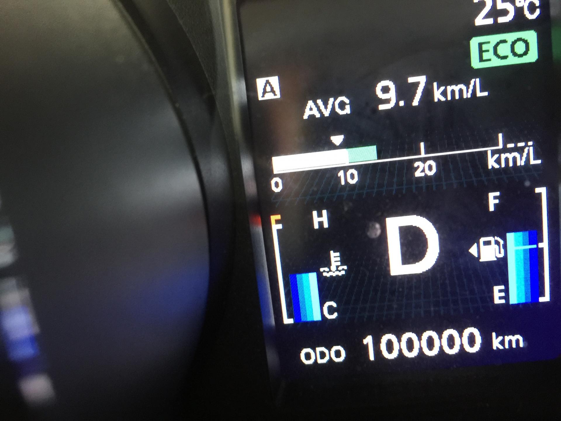 勘違いに注意!車のバッテリーを長持ちさせる正しい方法〜元整備士が教える車の知恵そ…